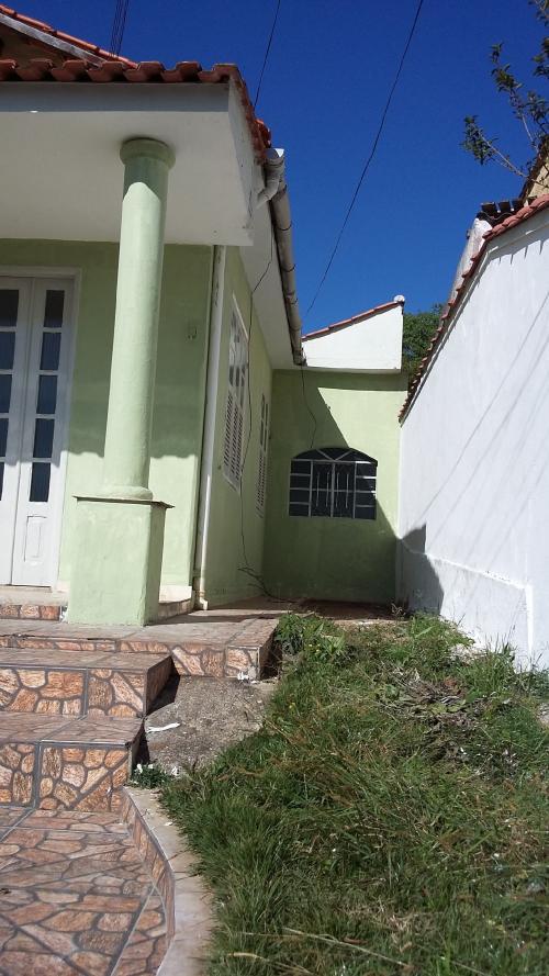 Aluguel De Casa No Benfica Em Valença-RJ