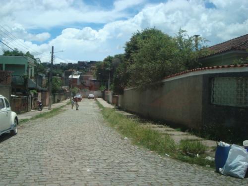Aluguel De Casa Em Monte D' Ouro Em Valença-RJ